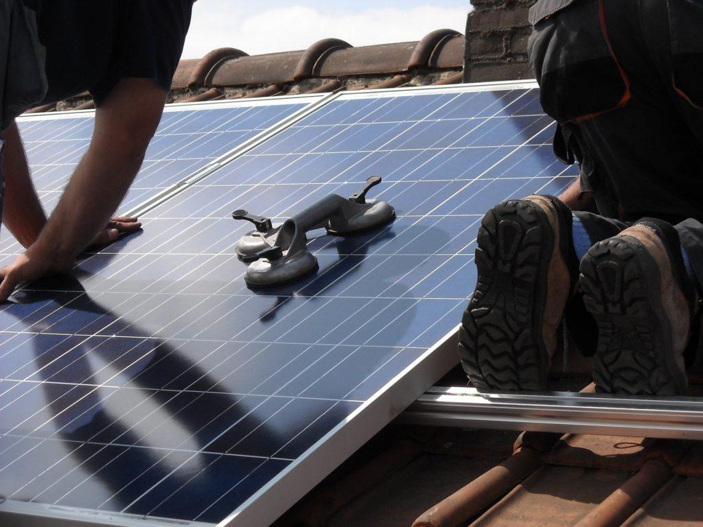 installation-panneaux-photovoltaiques